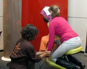 masaje en silla ergonomica