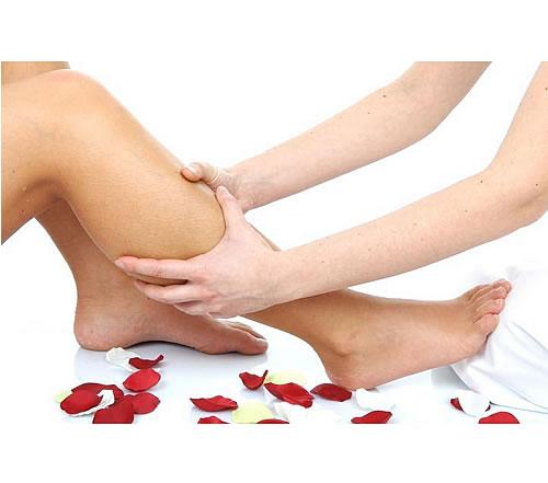piernas y pies hinchados